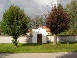 Haškovcova Lhota - obec - kaplička u č. p. 15